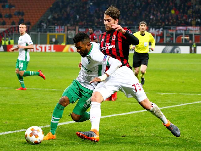 Soccer Football - Europa League Round of 32 Second Leg - AC Milan vs PFC Ludogorets Razgrad - San Siro, Milan, Italy - February 22, 2018 Ludogorets' Cicinho in action with AC Milan's Manuel Locatelli REUTERS/Tony Gentile