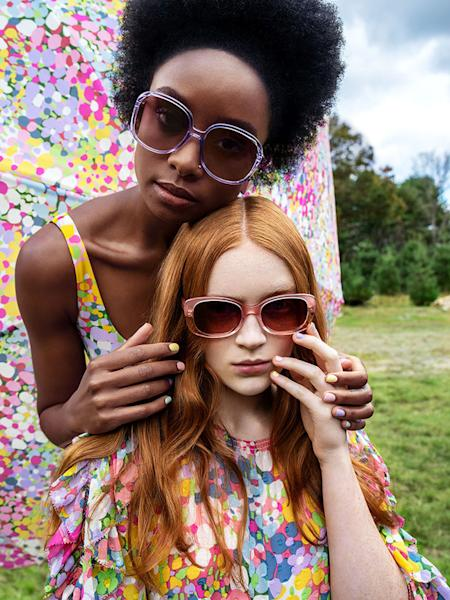 Kate Spade New York's spring 2019 campaign, the first for the brand's new Creative Director Nicola Glass, has finally arrived. Get all of the details inside.