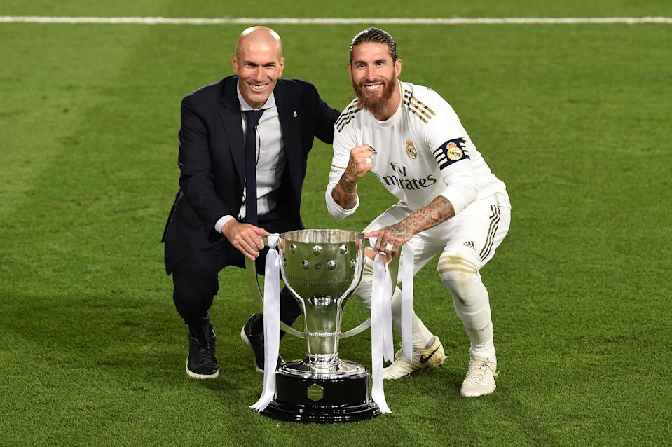 Zinedine Zidane (left), Sergio Ramos and Real Madrid have an opportunity to win the first consecutive La Liga titles for the club since 2006-07 and 2007-08. (Photo by Denis Doyle/Getty Images)