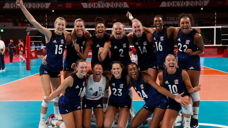 Volleyball - Women's Quarterfinal - Dominican Republic v United States