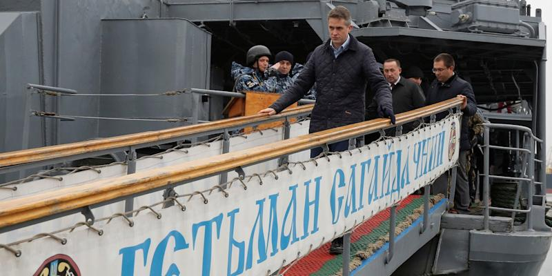 Russian Men Still Banned as Martial Law Expires in Ukraine