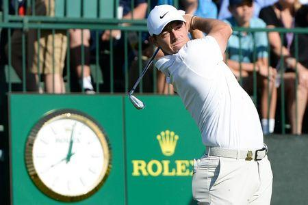 Dustin Johnson takes 4-shot lead into weekend at U.S. Open