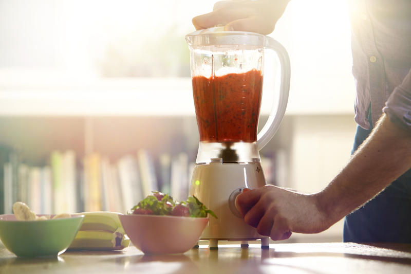 Smoothies make super healthy snacks. (Getty Images)