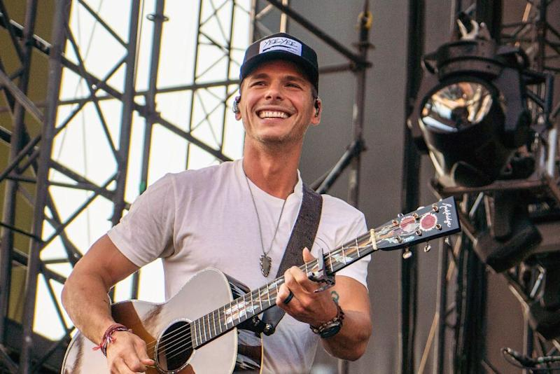 Celebs React to Granger Smith's 3-Year-Old Son's Death