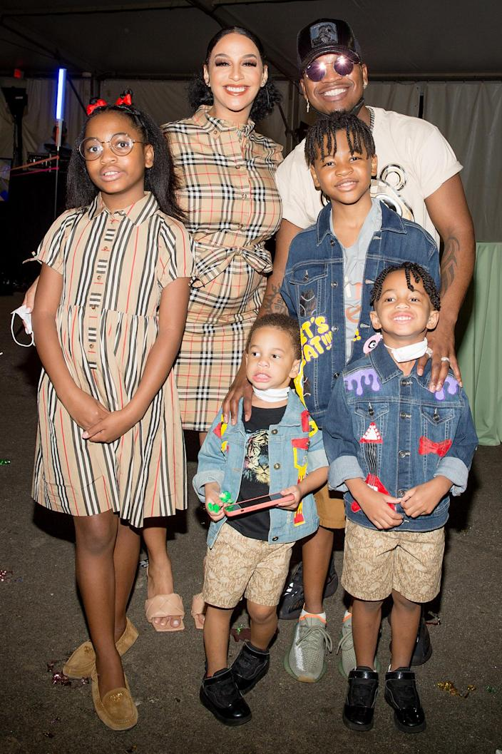 <p>Crystal Smith and NE-YO had a fun outing with their kids at the Foster The Funk Fundraiser for Camp Horizon at the Atlanta Zoo.</p>