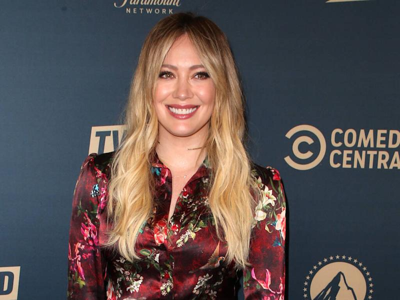 Hilary Duff begs fans to abide by social distancing rules