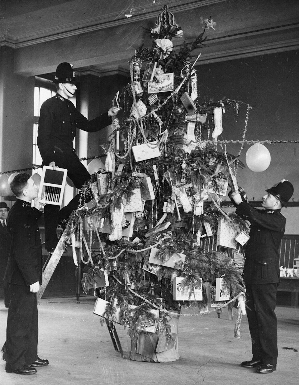 "<p>Who says the fun has to end after Christmas? The tradition of the <a href=""https://www.countryliving.com/entertaining/g5079/new-year-tree/"" rel=""nofollow noopener"" target=""_blank"" data-ylk=""slk:New Year's tree"" class=""link rapid-noclick-resp"">New Year's tree</a> goes all the way back to the 1600s, and you can easily transition your Tannenbaum to suit the celebrations. </p><p><a class=""link rapid-noclick-resp"" href=""https://www.amazon.com/Oh-New-Years-Tree-Decorating/dp/B01N2PIMFW?tag=syn-yahoo-20&ascsubtag=%5Bartid%7C10050.g.5075%5Bsrc%7Cyahoo-us"" rel=""nofollow noopener"" target=""_blank"" data-ylk=""slk:SHOP NEW YEAR'S TREE KIT"">SHOP NEW YEAR'S TREE KIT</a> </p>"
