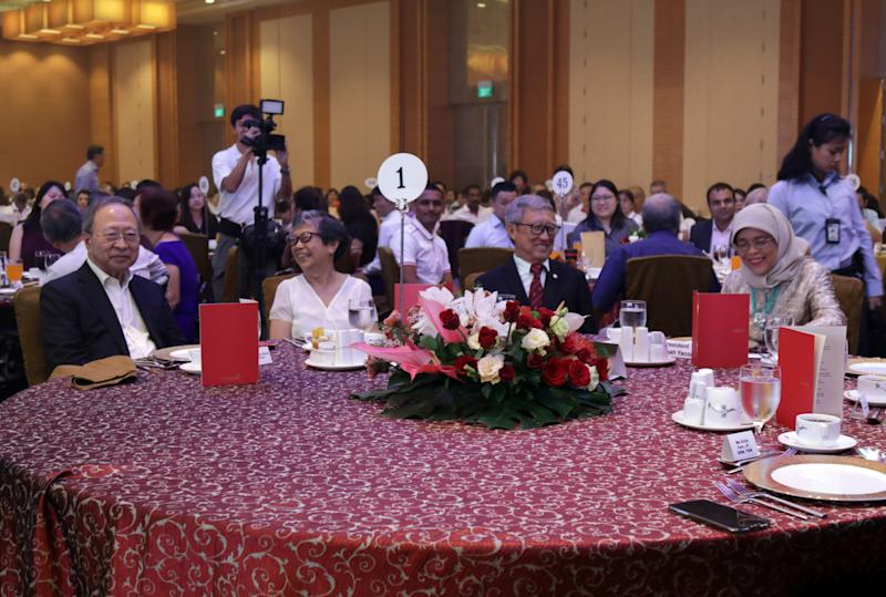 From left to right: Dr Tan Cheng Bock, Frances Teo, Teo's husband and HWA president Edmund Wan as well as President Halimah Yacob at the Handicaps Welfare Association's 50th-anniversary dinner on 18 December, 2019. (PHOTO: Yahoo News Singapore)