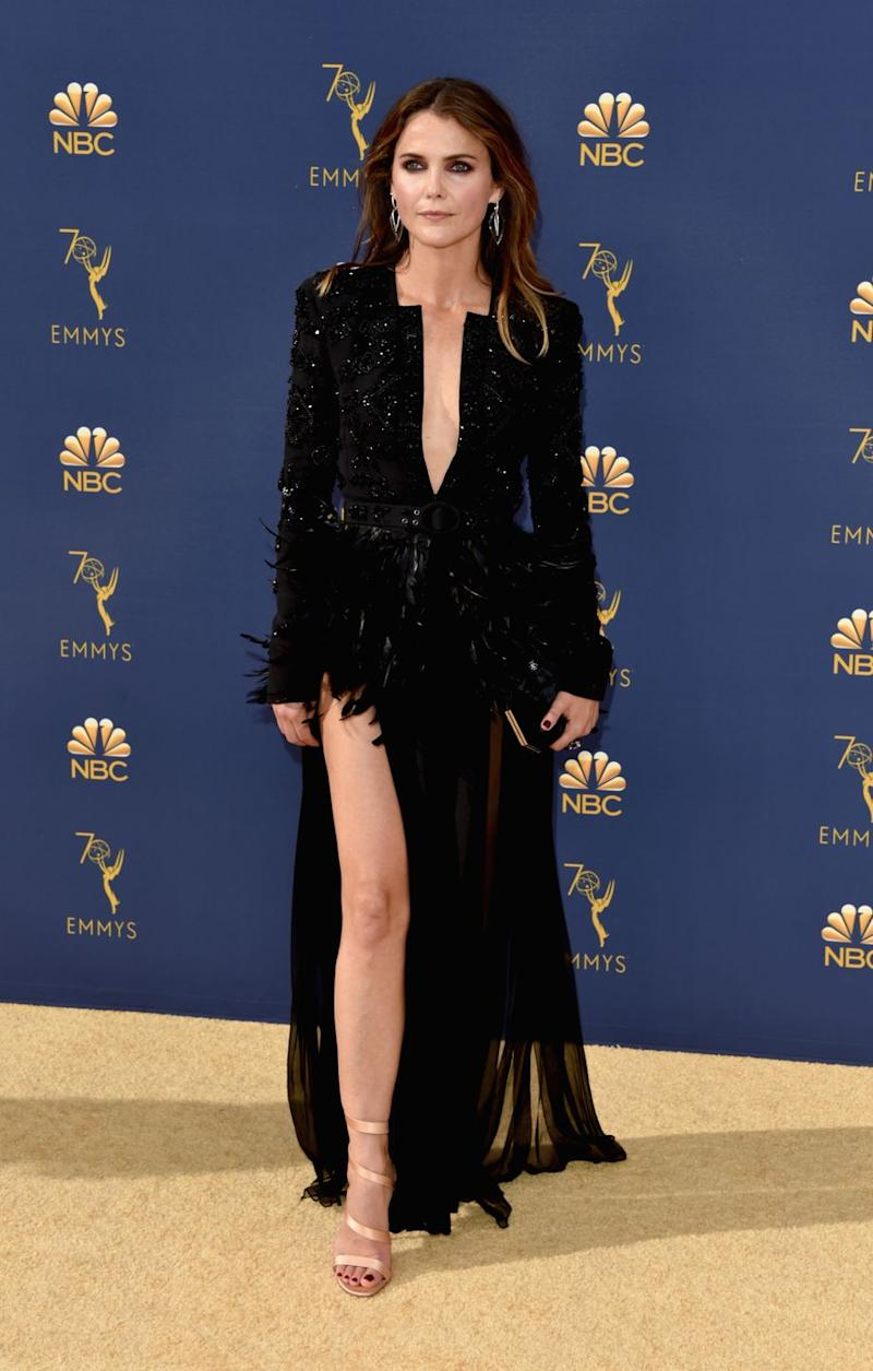 Keri Russell Wore A Low Key Sexy Feathered Dress To The Emmys