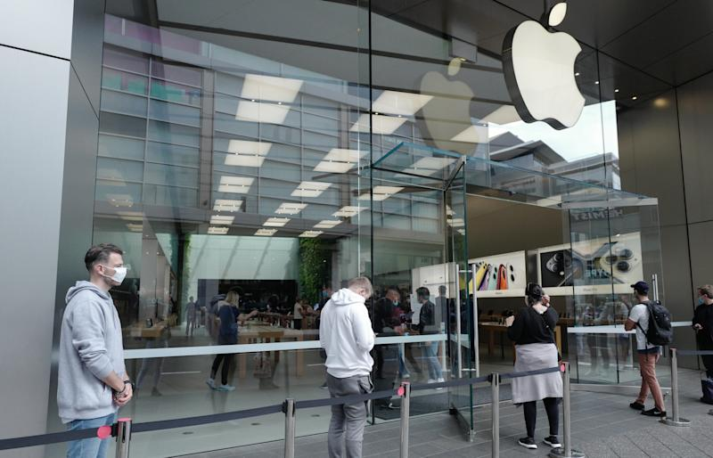 Apple Stores Reopen With Caution In Australia As Coronavirus Lockdown Restrictions Ease
