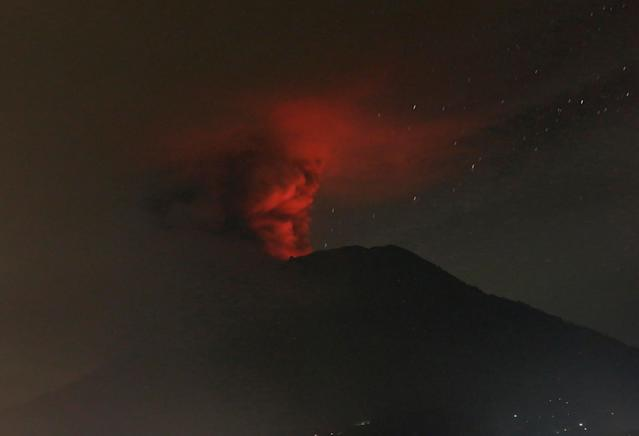 <p>Mount Agung volcano is seen erupting from Glumpang village, Karangasem, Bali, Indonesia Nov. 26, 2017. (Photo: Johannes P. Christo/Reuters) </p>