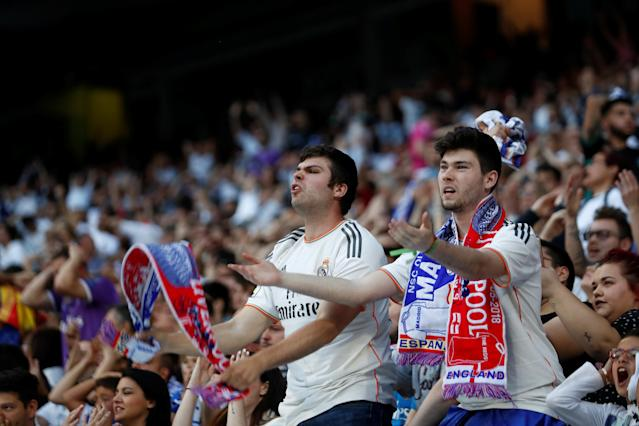 Soccer Football - Real Madrid fans watch the Champions League Final - Madrid, Spain - May 26, 2018 Real Madrid fans watch the match inside the Santiago Bernabeu REUTERS/Javier Barbancho
