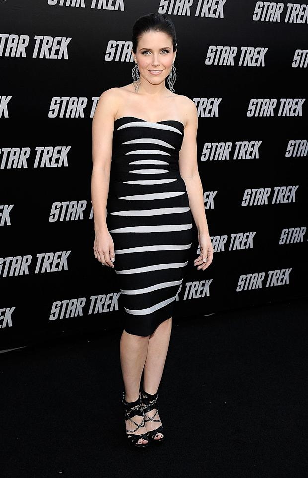 "<a href=""http://movies.yahoo.com/movie/contributor/1808410523"">Sophia Bush</a> at the Los Angeles premiere of <a href=""http://movies.yahoo.com/movie/1809752801/info"">Star Trek</a> - 04/30/2009"