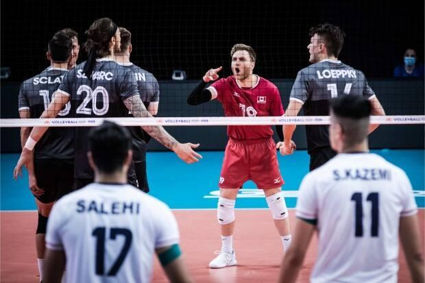 Canada fell to 1-3 after a 3-1 (3-1 (25-22, 22-25, 22-25, 22-25) loss to Iran Thursday in Volleyball Nations League action. (@VBallCanada/Twitter - image credit)