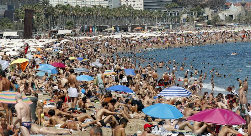 Holiday Booking Site Collapses As Summer Season Starts