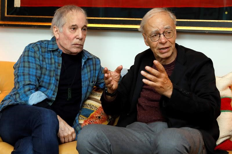 Paul Simon and Peter Singer discuss 'The Life You Can Save.'