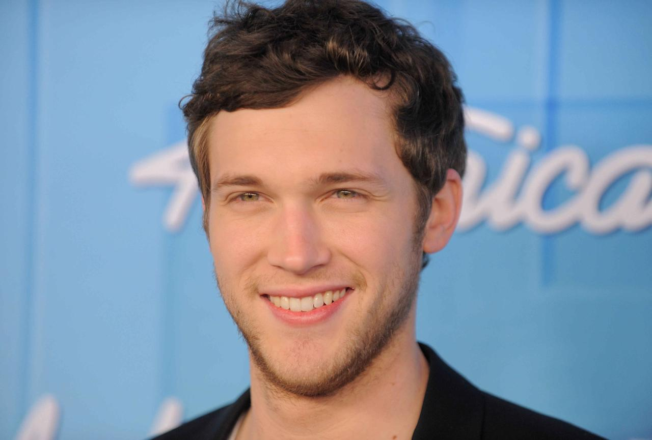 Phillip Phillips poses backstage at the American Idol Finale on Wednesday, May 23, 2012 in Los Angeles. (Photo by Jordan Strauss/Invision/AP)