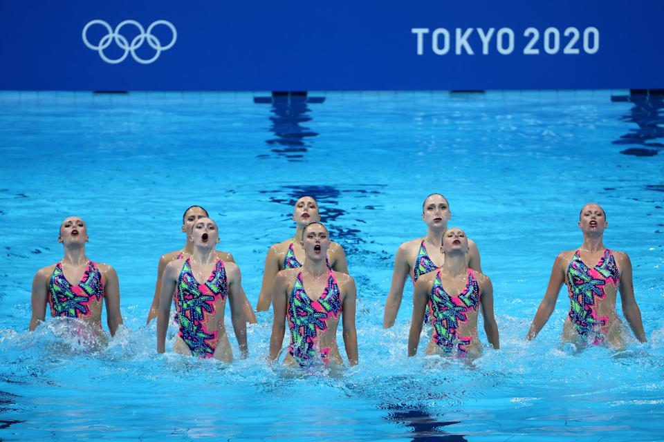 <p>Team Canada compete in the Artistic Swimming Team Technical Routine on day fourteen of the Tokyo 2020 Olympic Games at Tokyo Aquatics Centre on August 06, 2021 in Tokyo, Japan. (Photo by Tom Pennington/Getty Images)</p>