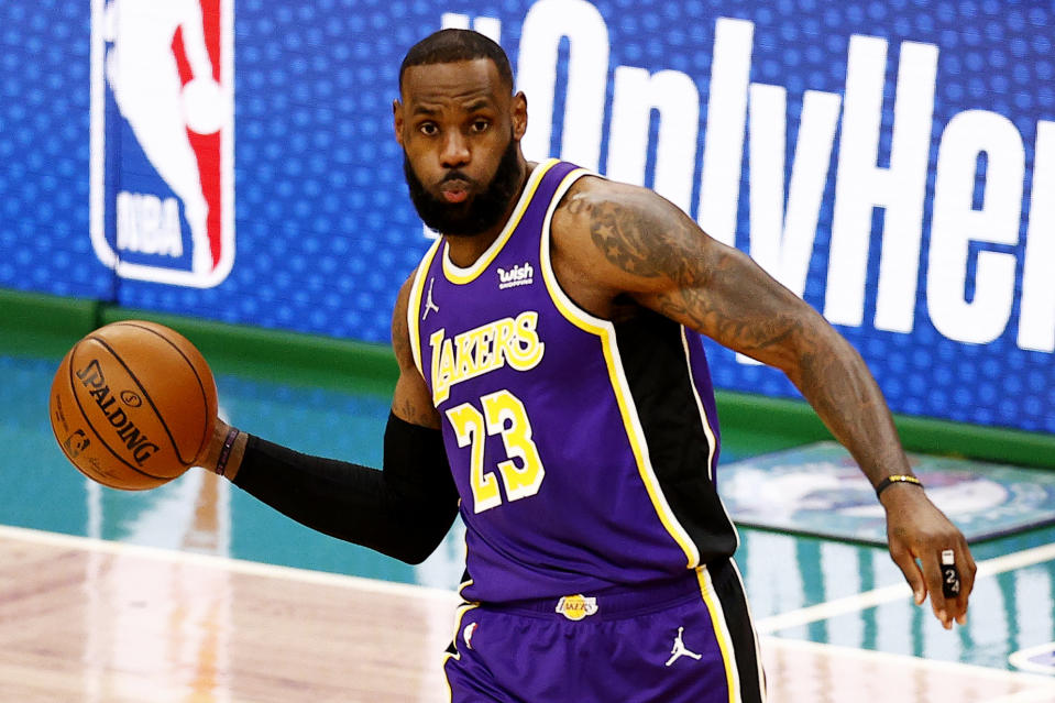 BOSTON, MASSACHUSETTS - JANUARY 30: LeBron James #23 of the Los Angeles Lakers makes a pass against the Boston Celtics during the first half at TD Garden on January 30, 2021 in Boston, Massachusetts. (Photo by Maddie Meyer/Getty Images)