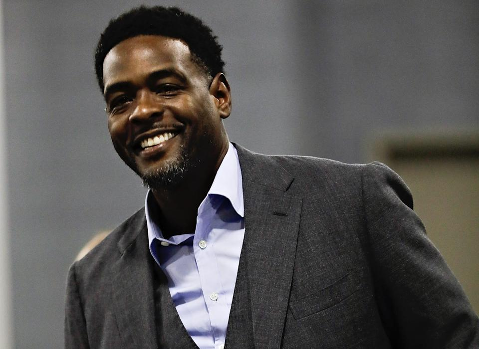 HOUSTON, TX - DECEMBER 13:  TNT commentator Chris Webber arrives for a basketball game between the Los Angeles Lakers and Houston Rockets at Toyota Center on December 13, 2018 in Houston, Texas. NOTE TO USER: User expressly acknowledges and agrees that, by downloading and or using this photograph, User is consenting to the terms and conditions of the Getty Images License Agreement.  (Photo by Bob Levey/Getty Images)
