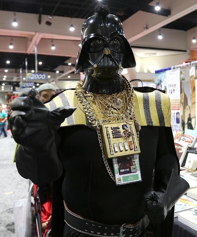 <p>Cosplayer dressed as Darth-T at Comic-Con International on July 20 in San Diego. (Photo: Angela Kim/Yahoo Entertainment) </p>