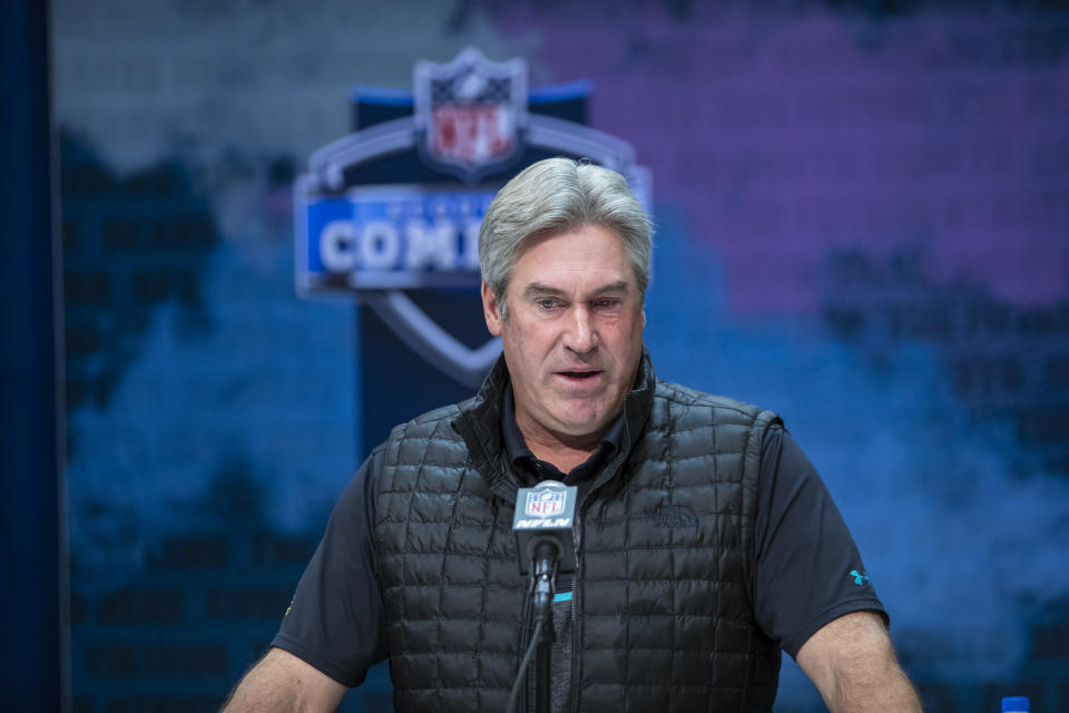 Doug Pederson couldn't find the right words to defend Carson Wentz or criticize Brett Favre. (Photo by Michael Hickey/Getty Images)