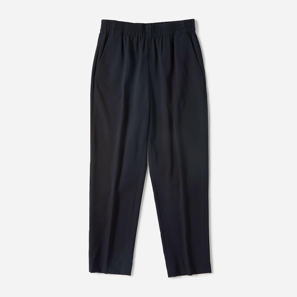 """<p><strong>everlane</strong></p><p>everlane.com</p><p><a href=""""https://go.redirectingat.com?id=74968X1596630&url=https%3A%2F%2Fwww.everlane.com%2Fproducts%2Fwomens-italian-goweave-easy-pant-navy&sref=https%3A%2F%2Fwww.townandcountrymag.com%2Fstyle%2Ffashion-trends%2Fg34822978%2Feverlane-cyber-monday%2F"""" rel=""""nofollow noopener"""" target=""""_blank"""" data-ylk=""""slk:Shop Now"""" class=""""link rapid-noclick-resp"""">Shop Now</a></p><p><strong><del>$98</del> $59 (40% off)</strong></p>"""