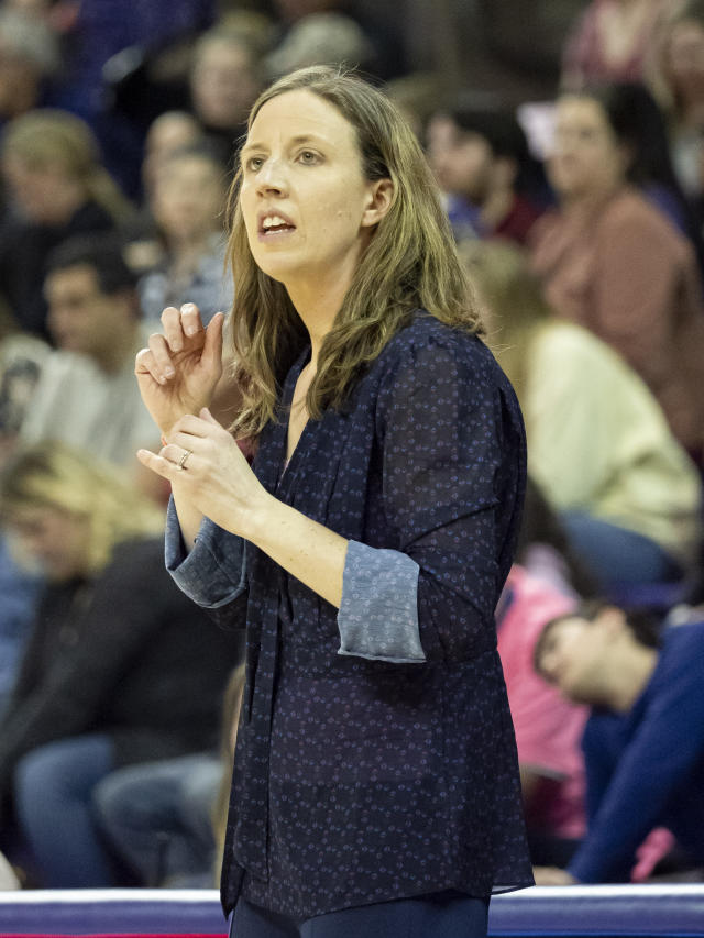 SEATTLE, WA - MARCH 01: California Golden Bears head coach Lindsay Gottlieb reacts after a call during a college basketball game between the California Golden Bears against the Washington Huskies on March 01, 2019, at Alaska Airlines Arena at Hec Edmundson Pavilion in Seattle, WA. (Photo by Joseph Weiser/Icon Sportswire via Getty Images)