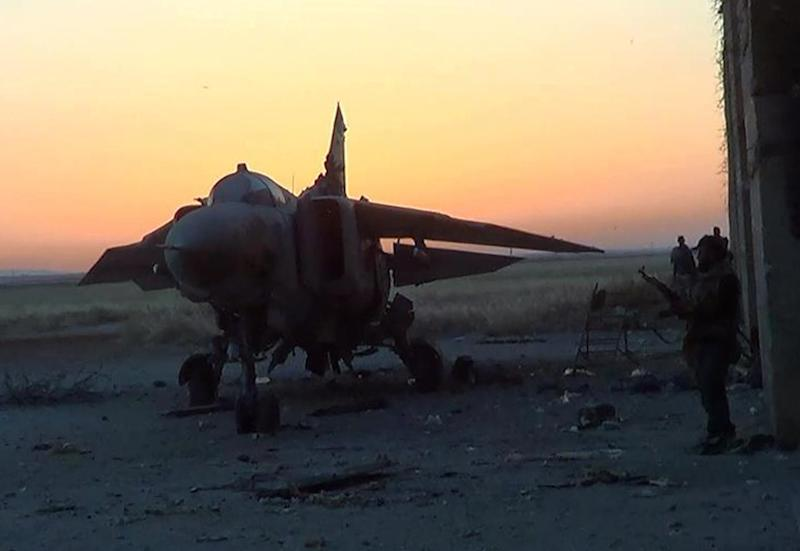 Russia bars planes from using Syrian airspace