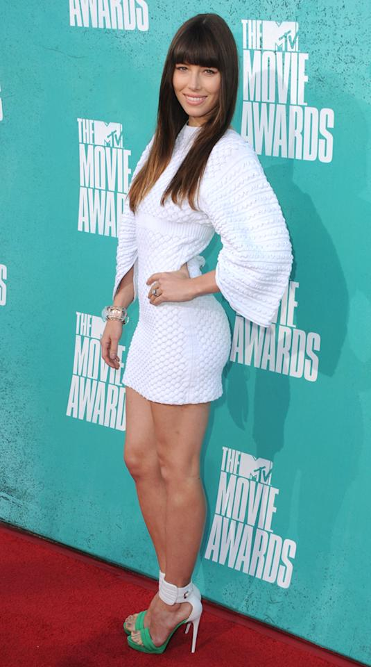 Jessica Biel arrives at the 2012 MTV Movie Awards.