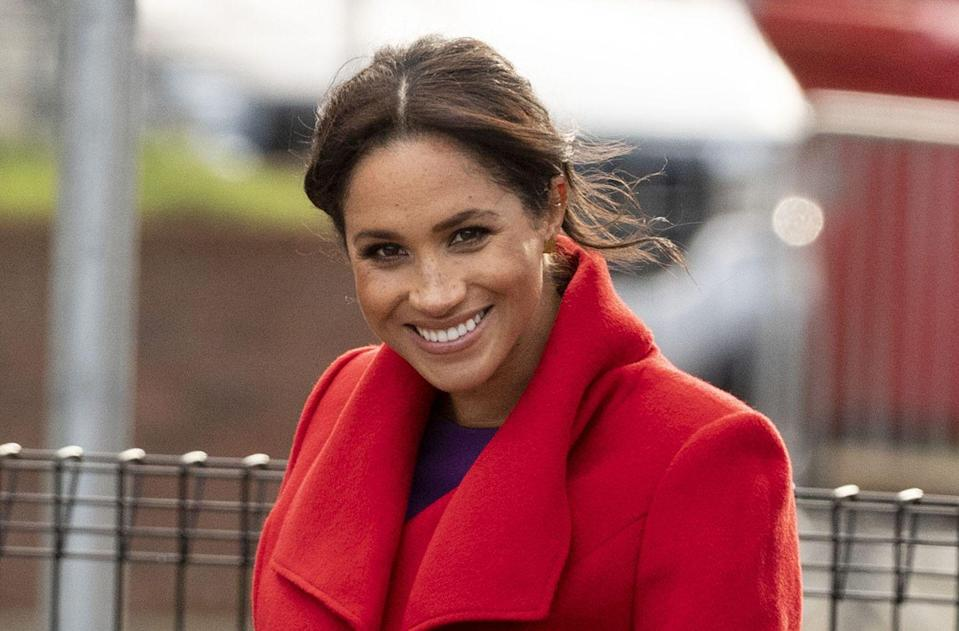 """<p>She previously told <em><a href=""""http://www.eonline.com/news/848024/meghan-markle-s-5-must-have-items-for-her-refrigerator-proves-she-s-just-like-us"""" rel=""""nofollow noopener"""" target=""""_blank"""" data-ylk=""""slk:Good Housekeeping"""" class=""""link rapid-noclick-resp"""">Good Housekeeping</a></em> what snacks she likes: """"Hummus, carrots—because I love them and so does my dog, Bogart, strangely—a green juice, almond milk, for sure, and a chia seed pudding I make every single week. So easy, so good. I really love to cook.""""</p>"""