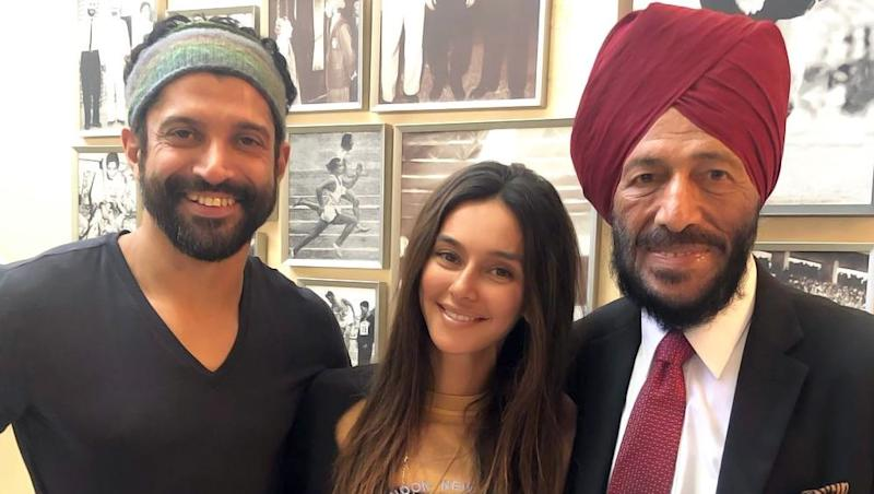 Farhan Akhtar Calls Up Milkha Singh To Seek His Permission To Meet In Chandigarh: The Legend's Reply Is Heart-Warming!