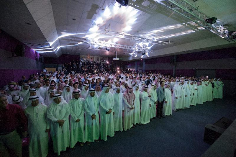 Saudis attend the opening ceremony of the film festival on March 24, 2016 at the Saudi Cultural Center in Dammam, some 400 km eastern of the capital Riyadh (AFP Photo/Hussain Radwan)