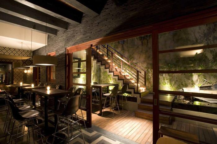 "<p>Although there are many veteran restaurants dotting this list, they need to make way for young chef Edgar Nuñez, who is currently leading the youth movement charge in Mexico. Using traditional ingredients in unconventional ways, Nuñez's <a rel=""nofollow"" href=""http://www.thedailymeal.com/sud-777""><strong>Sud 777</strong></a> features innovative dishes like carrots cooked in <a rel=""nofollow"" href=""http://www.thedailymeal.com/best-recipes/duck-fat""><strong>duck fat</strong></a> and served with sour cream; heirloom tomato and fried pork skin salad with minced <a rel=""nofollow"" href=""http://www.thedailymeal.com/best-recipes/fried-cactus-strips""><strong>cactus</strong></a>; <a rel=""nofollow"" href=""http://www.thedailymeal.com/recipes/braised-beef-tongue-smoked-beets-recipe""><strong>beef tongue</strong></a> over black beans, <a rel=""nofollow"" href=""http://www.thedailymeal.com/best-recipes/purslane""><strong>purslane</strong></a> blossoms, and <a rel=""nofollow"" href=""http://www.thedailymeal.com/recipes/goat-cheese-chile-morita-piloncillo-sauce-recipe""><strong>morita chile sauce</strong></a>; and wheatgrass and goat cheese ice cream. The interior is just as chic and modern as the menu, and contains a courtyard seating area that blurs the line between indoor and outdoor — almost like sitting underneath a giant, open skylight.</p>"