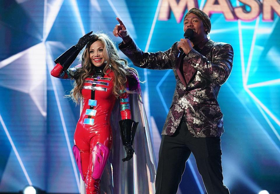 """<p>Things can get a little sweaty under the mask, so there's a hair and makeup break between the elimination and the moment the celebrity is unmasked. According to <a href=""""https://ew.com/tv/2019/01/01/what-we-saw-live-taping-masked-singer/"""" rel=""""nofollow noopener"""" target=""""_blank"""" data-ylk=""""slk:Entertainment Weekly,"""" class=""""link rapid-noclick-resp""""><em>Entertainment Weekly</em>,</a> this break can take as long as 20 minutes.</p>"""