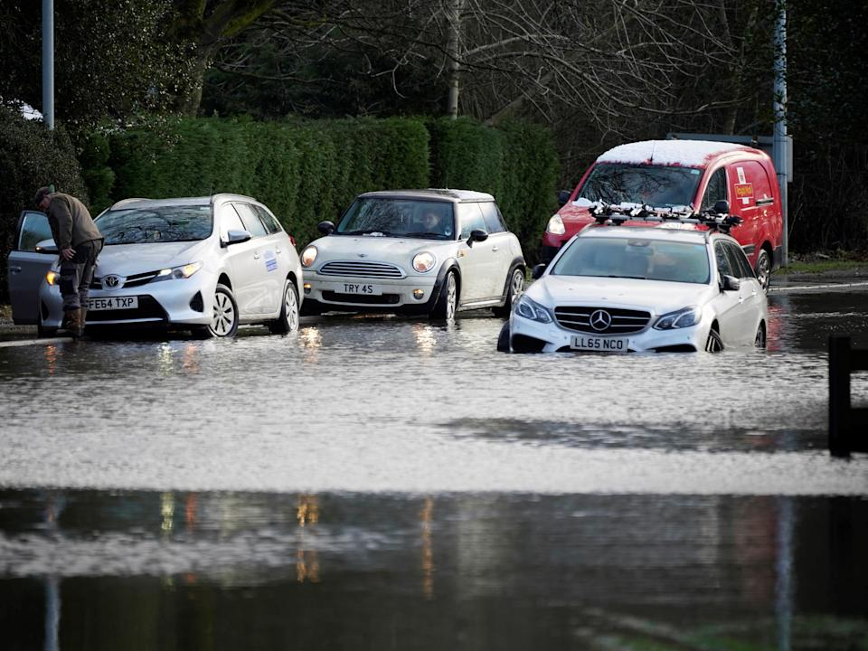 Cars abandoned in Cheshire village of Lymm (Getty Images)