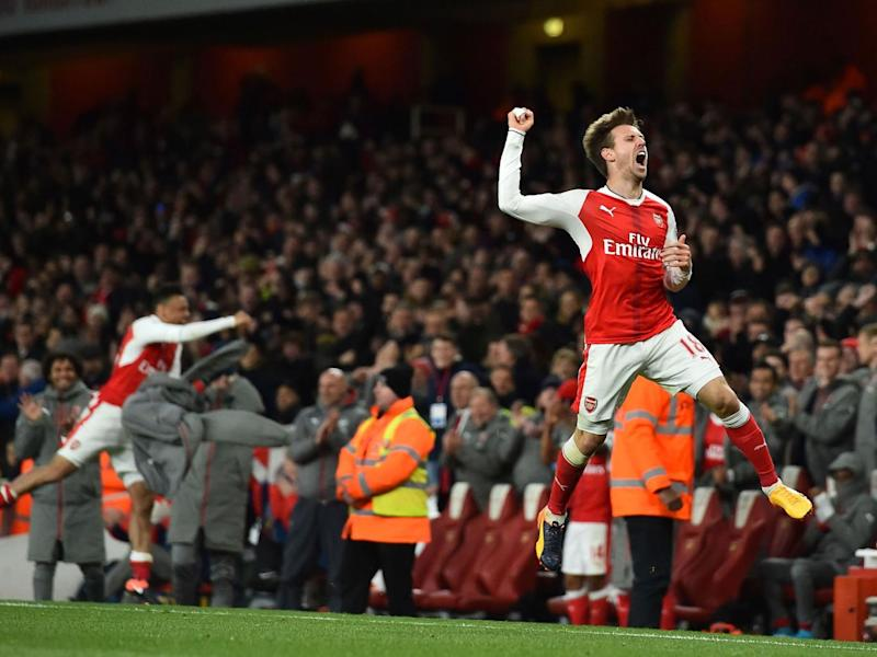 Nacho Monreal celebrates his winner for Arsenal (Getty)