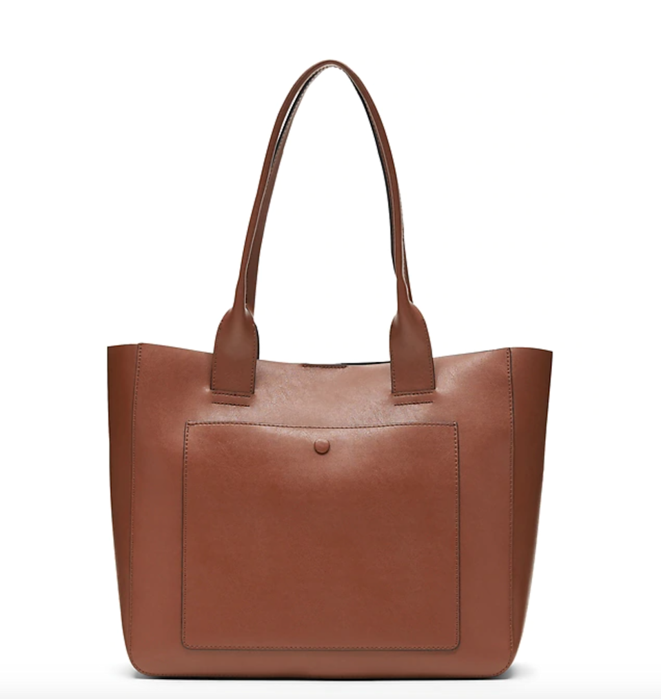 """<br><br><strong>Banana Republic</strong> Leather Large East-West Tote, $, available at <a href=""""https://go.skimresources.com/?id=30283X879131&url=https%3A%2F%2Fbananarepublic.gap.com%2Fbrowse%2Fproduct.do%3Fpid%3D492527002%26cid%3D1141786%26pcid%3D1141786"""" rel=""""nofollow noopener"""" target=""""_blank"""" data-ylk=""""slk:Banana Republic"""" class=""""link rapid-noclick-resp"""">Banana Republic</a>"""