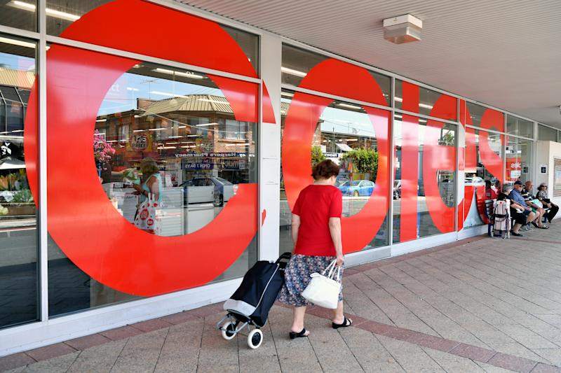 Shoppers are seen heading into a Coles store. Source: AAP