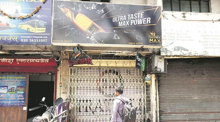 chandrapur liquor ban, maharashtra liquor ban, chandrapur liquor ban lifted, indian express, uddhav thackeray government on liquor ban, mumbai city news