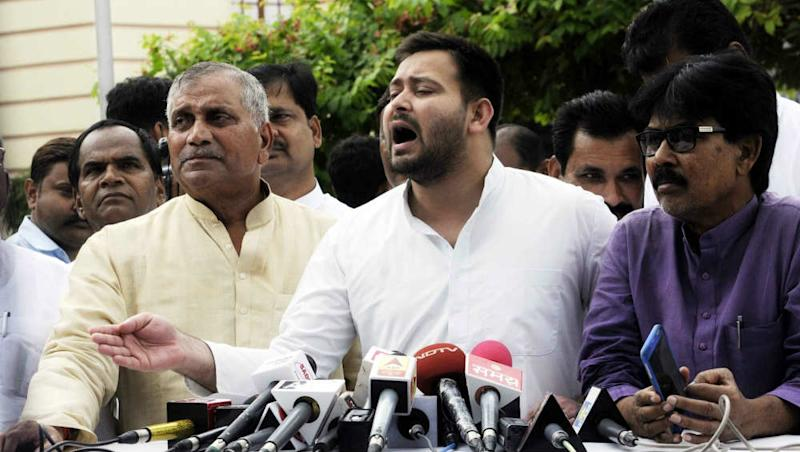Berojgari Hatao Yatra in Bihar: Ahead of Tejashwi Yadav's Protest March, Two JD(U) Leaders Say Unemployment Increased in State
