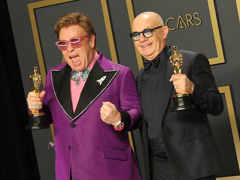 Elton John raises $6.4 million to help AIDS epidemic with Oscars viewing party