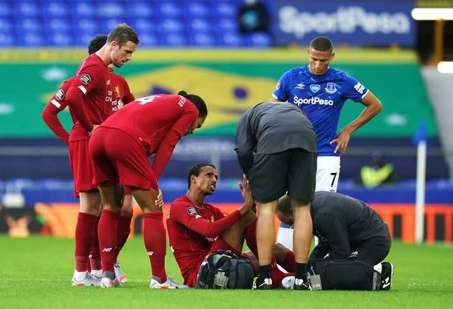 Matip was forced off in the second half at Goodison Park (Jon Super/NMC Pool)