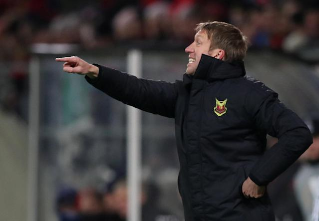Soccer Football - Europa League Round of 32 First Leg - Ostersunds FK vs Arsenal - Jamtkraft Arena, Ostersund, Sweden - February 15, 2018 Ostersunds FK coach Graham Potter Action Images via Reuters/Peter Cziborra