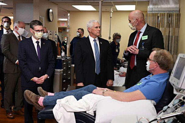 PHOTO: Vice President Mike Pence, not wearing a mask, tours Mayo Clinic facilities supporting the coronavirus disease (COVID-19) research and treatment, in Rochester, Minn., April 28, 2020. (Nicholas Pfosi/Reuters)