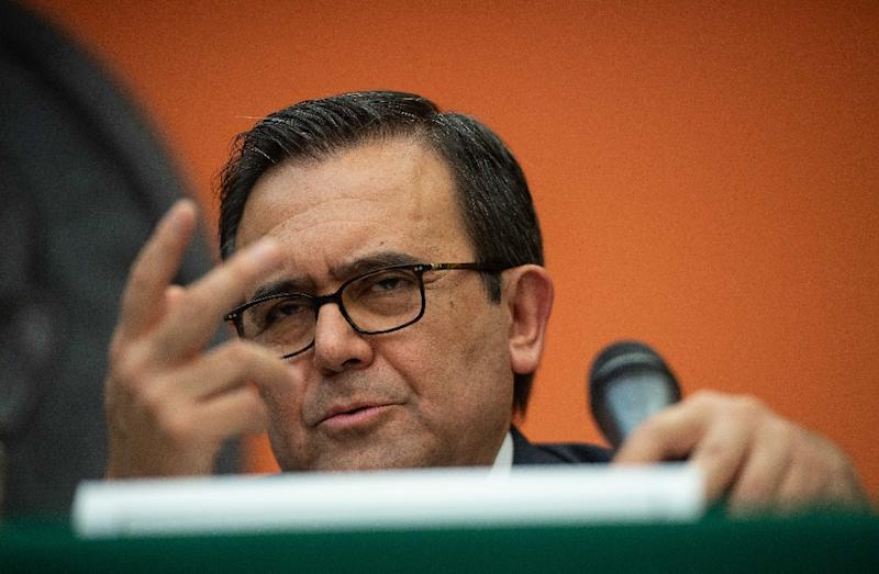 "Economy Minister Ildefonso Guajardo, Mexico's top negotiator for ""NAFTA 2.0,"" insists that even if no 11th-hour US-Canadian deal is reached, a three-way deal would still be possible at some point in the future"