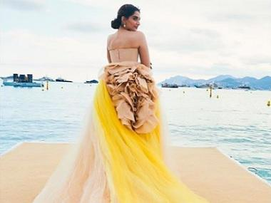 Sonam Kapoor at Cannes; Alia's birthday wishes for Vicky Kaushal: Social Media Stalkers' Guide