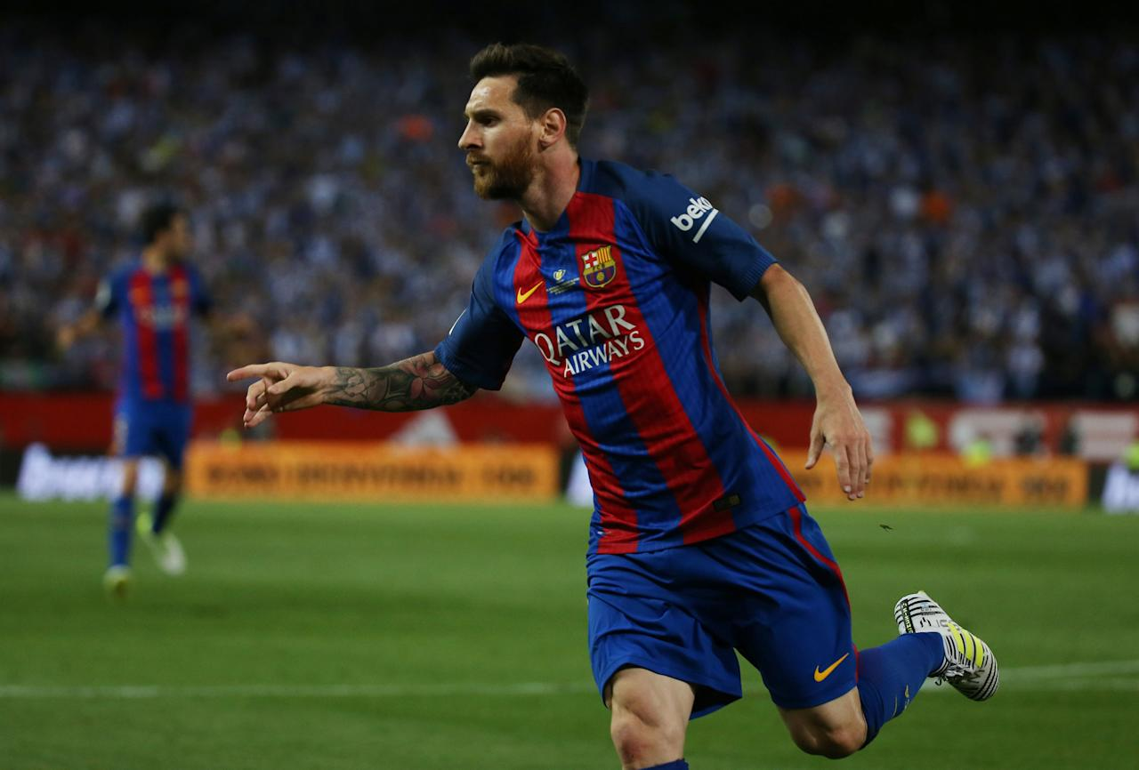 Football Soccer - FC Barcelona v Deportivo Alaves - Spanish King's Cup Final - Vicente Calderon Stadium, Madrid, Spain - 27/5/17 Barcelona's Lionel Messi celebrates scoring their first goal Reuters / Sergio Perez