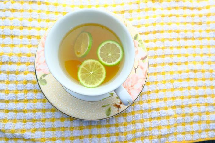 """<p>""""Green tea is a great source of antioxidants that have been linked to weight loss,"""" says Dr. Axe. """"Epigallocatechin gallate (EGCG) and caffeine, in particular, are two compounds that help boost that activity of fat-burning hormones and amp up metabolism to support weight loss. However, unlike coffee or other caffeinated beverages, green tea also contains L-theanine, a type of amino acid that has a calming effect that can help balance out the effects of caffeine and prevent adverse side effects."""" But you don't have to drink it hot! Green tea can be used in all sorts of recipes like <a href=""""https://www.prevention.com/health/a20508003/green-tea-recipes/"""" rel=""""nofollow noopener"""" target=""""_blank"""" data-ylk=""""slk:these"""" class=""""link rapid-noclick-resp"""">these</a>.</p>"""