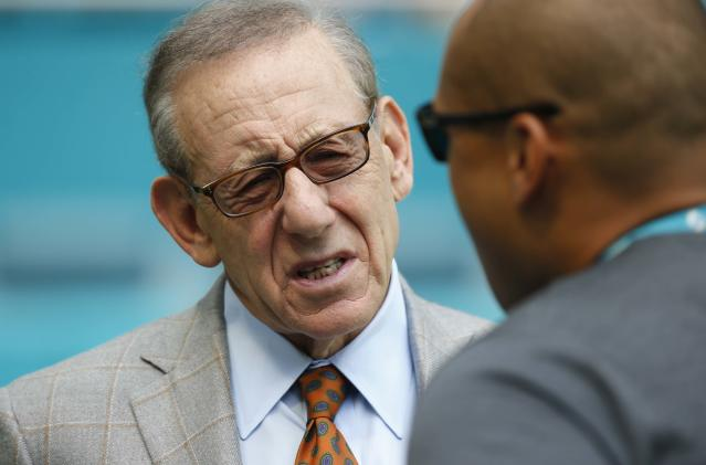 "Union workers targeted <a class=""link rapid-noclick-resp"" href=""/nfl/teams/mia"" data-ylk=""slk:Dolphins"">Dolphins</a> owner Stephen Ross' seat on the NFL's social justice committee to raise awareness of a conflict with one of his construction projects. (AP)"